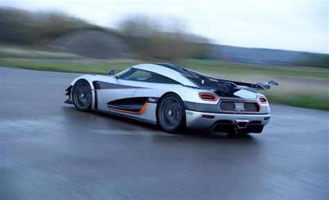 fastest koenigsegg koenigsegg sets fastest time to go from 0 186mph 0