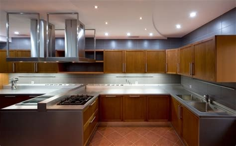 Best Sheen For Kitchen Cabinets How To Refinish Kitchen Cabinets In High Gloss White Ehow