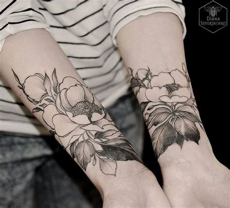 tattoo flower forearm 691 best botanical tattoo ideas images on pinterest