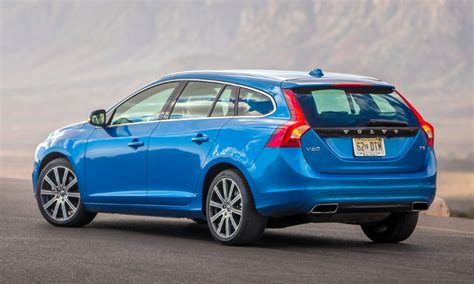 volvo  swedish maker shakes   midsize lineup  daily drive consumer guide