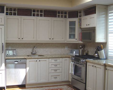 Space Above Kitchen Cabinets Ideas space above kitchen cabinet home design ideas pictures remodel and