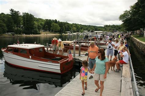 new england village boat auction at new hshire boat - Boat Auction Wolfeboro Nh