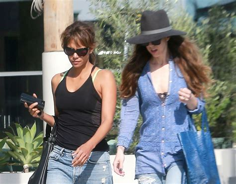 Halle Berry Makes Out With The Ground by Halle Berry Out With A Friennd In La Celebzz Celebzz