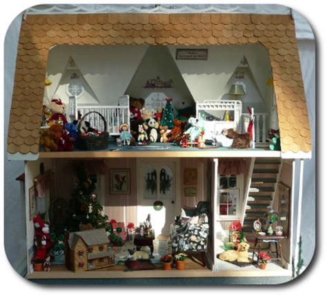 christmas dolls house cdhm the miniature way imag featured dollhouse december 2010 issue 11