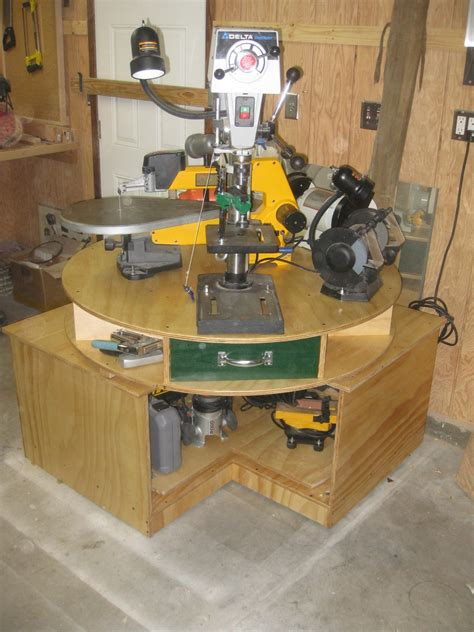 woodworking space quot lazy stephen quot tool turntable finewoodworking
