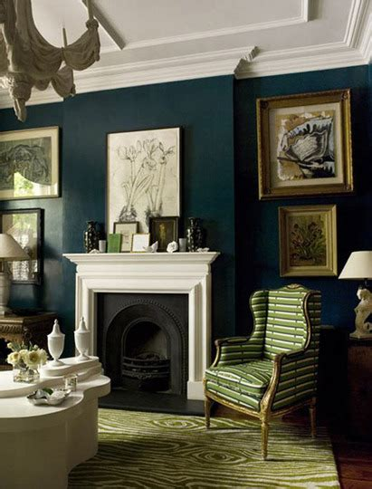 Dark Green Living Room | decorating a hunter green living room