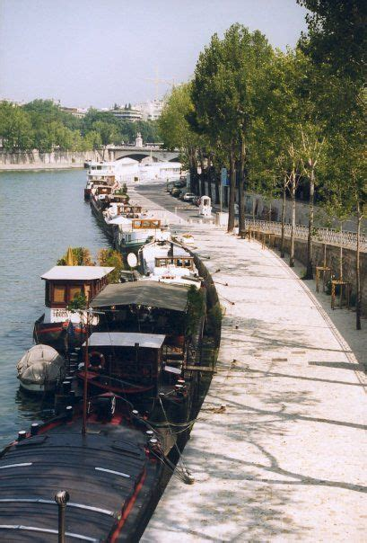 house boat paris 41 best houseboats of paris images on pinterest