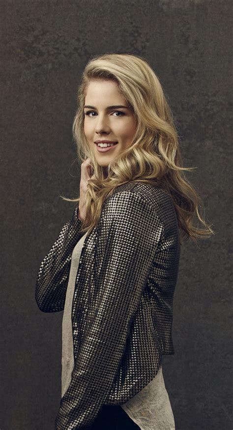 Arrow   New Promo Pics   Emily Bett Rickards (Felicity Smoak)   Arrow   Pinterest   Equation