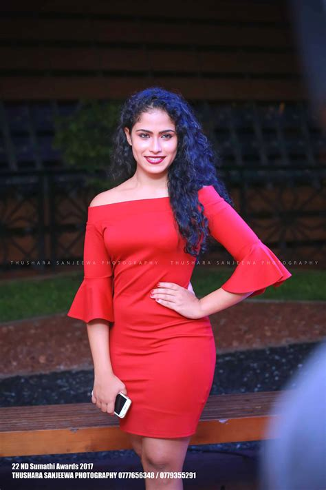 sri lankan actress sandani fernando sandani fernando sumathi awards 2017 lk model zone