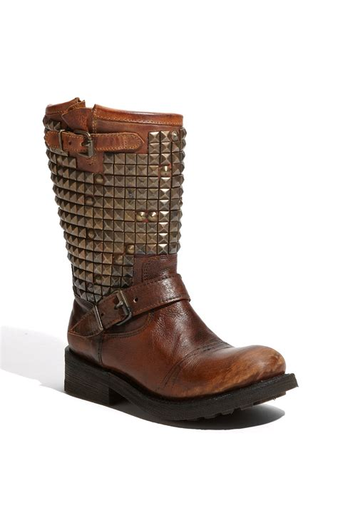 ash trash boot in brown lyst