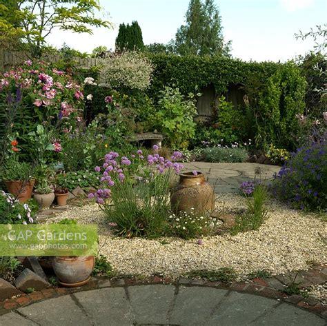 Cottage Garden Patio by Gap Gardens A Circular Themed Gravel Garden And Patio
