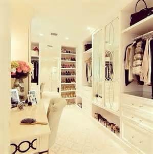 riesen kleiderschrank closet board redefined schrank