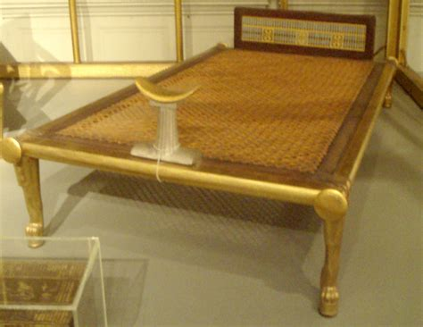 bed wiki file queenhetepheres bed funeraryfurniture