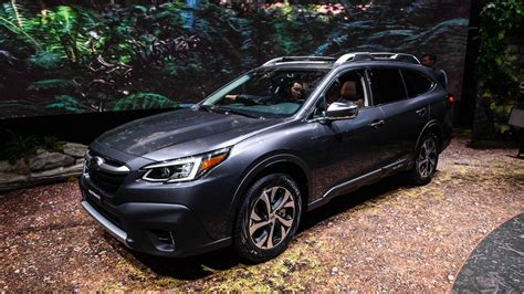 Subaru Outback 2019 Vs 2020 by 2020 Subaru Outback Is As Ruggedly Handsome As Roadshow