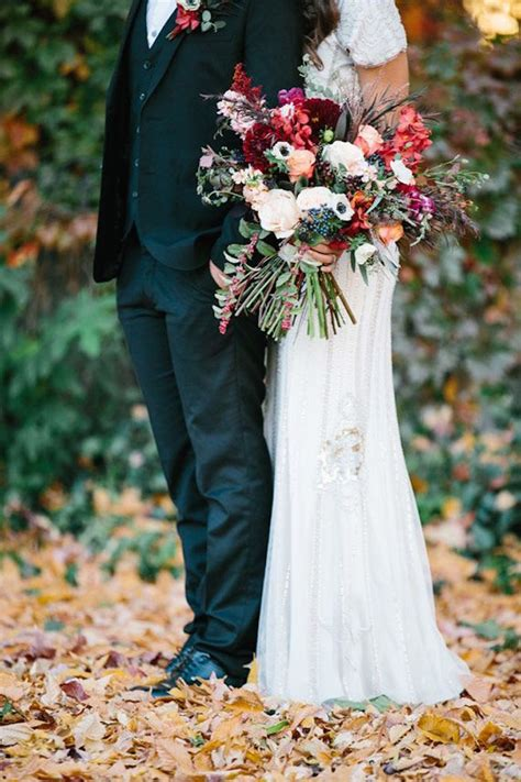 Fall Flower Picture Wedding by Fall Wedding Ideas With Luxe Rustic Style Modwedding
