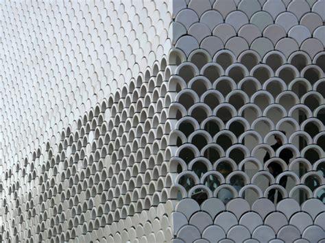 Weinregale Wand by Der Ofen Ist Nicht Aus Renaissance Der Keramikfassaden In