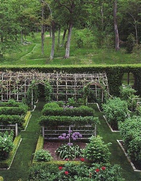 Kitchen Garden Arbor Tara Dillard American Farmhouse How To Live On A Small