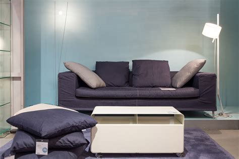 brühl sofa roro graue tapete schlafzimmer