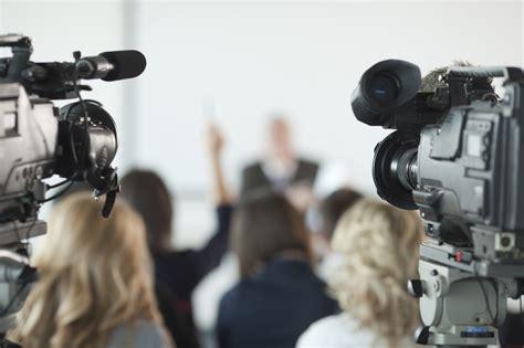 grooming classes media robert communications