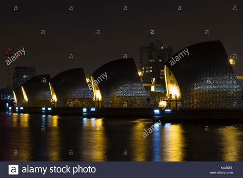 thames barrier at night canon eos 7d stock photos canon eos 7d stock images alamy