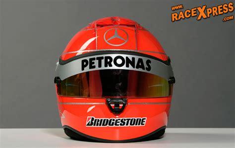 helm design f1 schumacher behoudt ferrari rode helm design foto