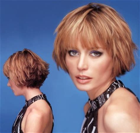styling heavily layered hair short wispy layered hair style with bangs light brown