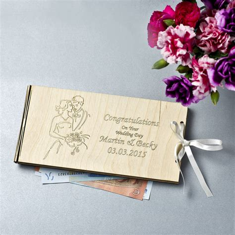 Gifts To Be Given With Wedding Cards