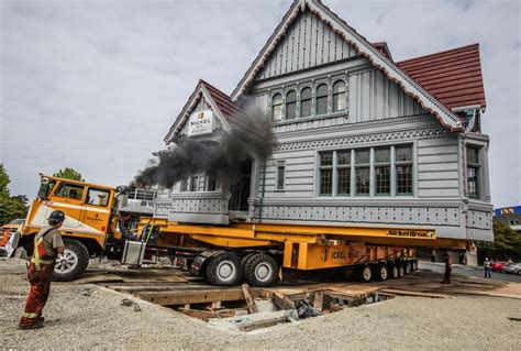 house movers seattle historic everett building is on the move again the seattle times