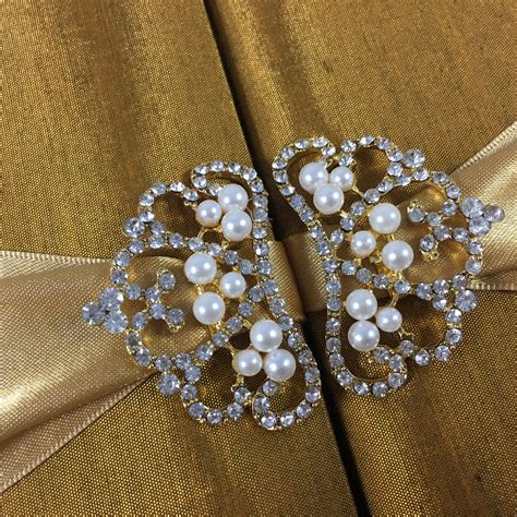 Crown Brooch golden silk pearl crown brooch wedding box for invitations