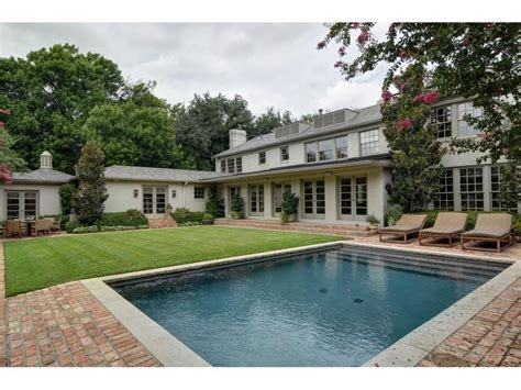 george michael mansion the late george michael s highland park mansion traded