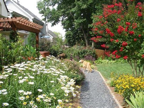 Home Garden Design Atlanta Enjoy This Pathway It S Easy To Walk On And Pretty