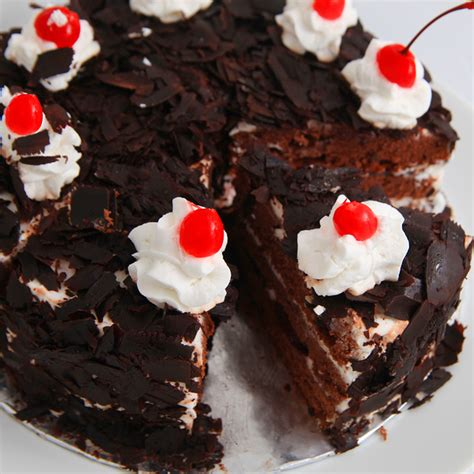 cara membuat whipped cream black forest black forest cake with fresh whipping cream recipe