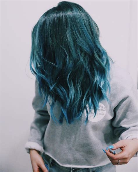 teal hair for 60 year 25 best dyed hair ideas on pinterest awesome hair