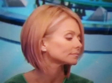kelly rippa short wavy bob kelly ripa bob beauty pinterest
