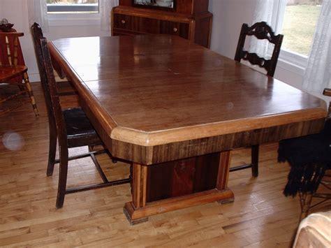 File:Table de salle à manger   Wikimedia Commons