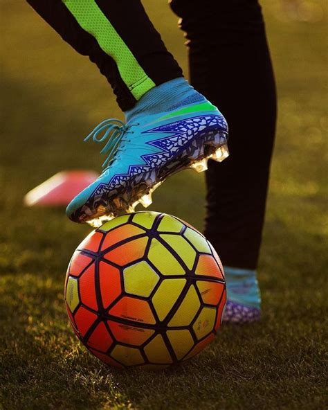 imagenes nike football 25 best ideas about soccer ball on pinterest nike