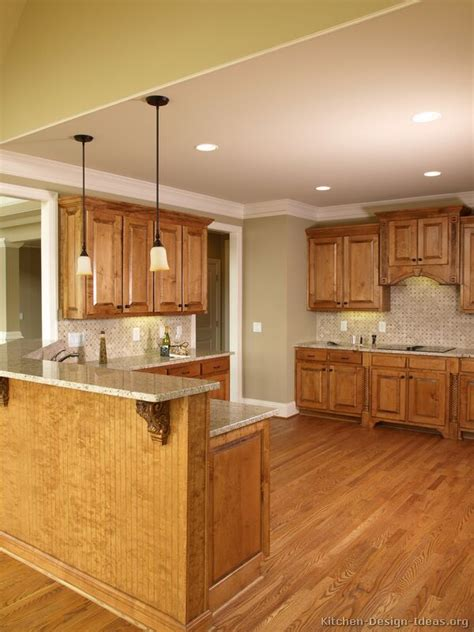 Kitchen Design Ideas Org Pictures Of Kitchens Traditional Medium Wood Golden Brown Kitchen 20