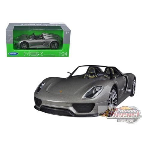 Porsche Spyder Convertible by Welly 1 18 Porsche 918 Spyder Convertible Gris