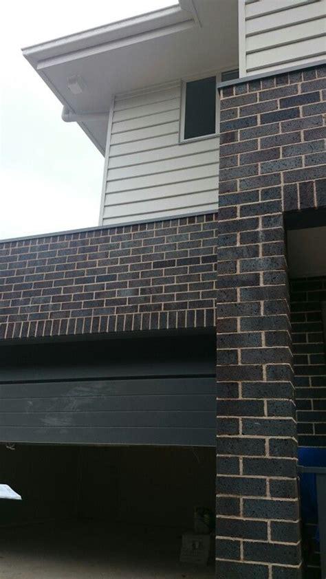 Garage Door Fascia Surfmist Gutter Fascia And Weatherboard Blue Flash Steel Bricks Basalt Garage Door And