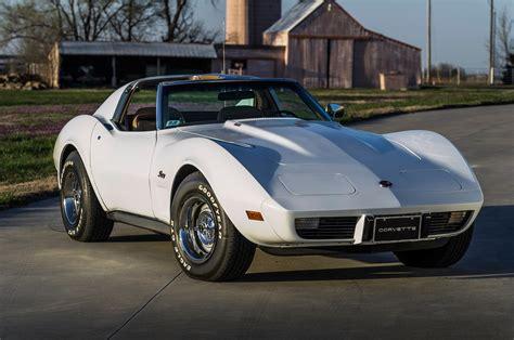 how do cars engines work 1975 chevrolet corvette free book repair manuals unrestored 25 600 mile l82 powered 1975 chevrolet corvette hot rod network