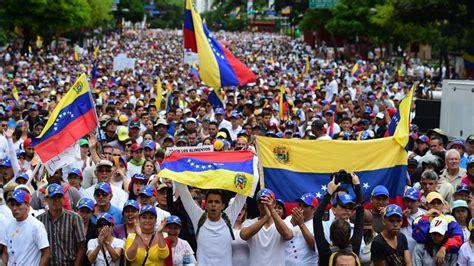 imagenes comicas de maduro y capriles capriles dice maduro busca evitar elecciones en venezuela