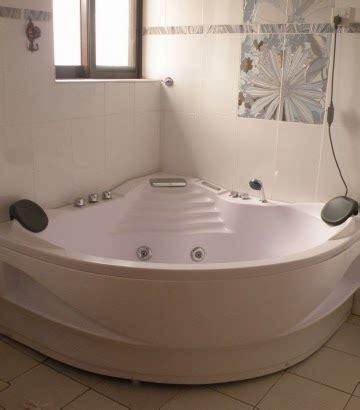 diy bathtub refinish easy diy how to refinish a bathtub