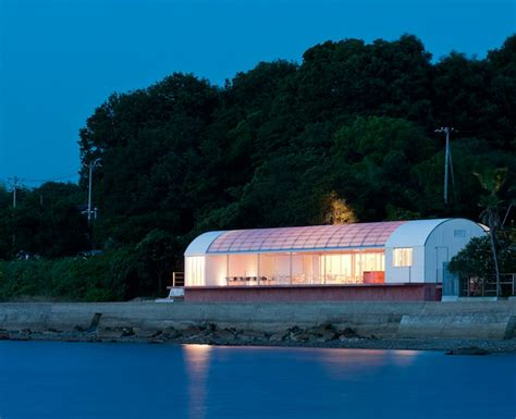 designboom naoshima case real aligns restaurant on the sea in teshima japan