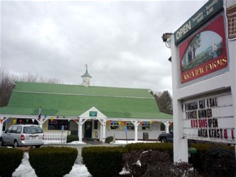 family style dining at lakeview farms bellingham ma