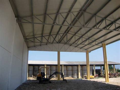 capannone agricolo usato prefabbricati in cemento costruzione prefabbricati