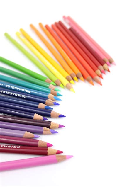how to color with colored pencils how to choose the right colored pencils lines across