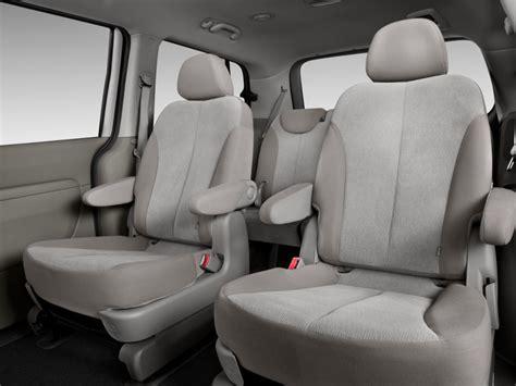 2014 Kia Sedona Interior Automotivetimes 2014 Kia Sedona Review