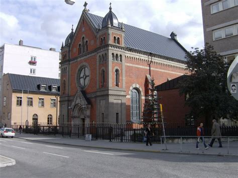 closest catholic church near me
