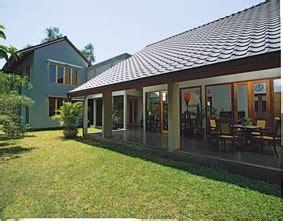 Majalah Griya Asri Desain Rumah Arsitek Design Perabotan rumah tinggal di bangka jakarta selatan karya arsitek