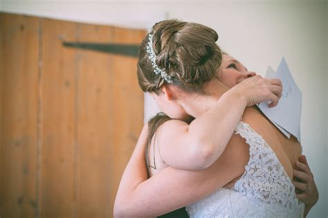 Wedding Hair Accessories Lewis by A Wonderful Country Wedding In Essex With Some